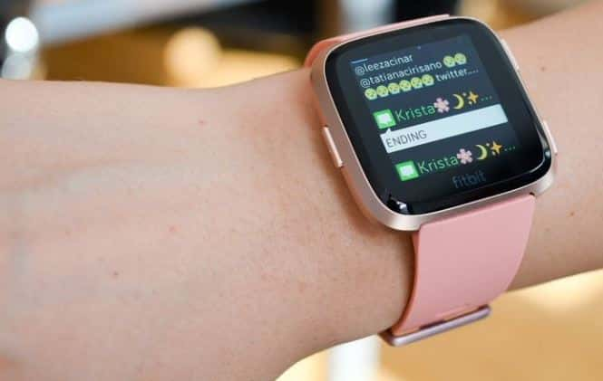 fitbit versa 2 smartwatch with mic and speaker