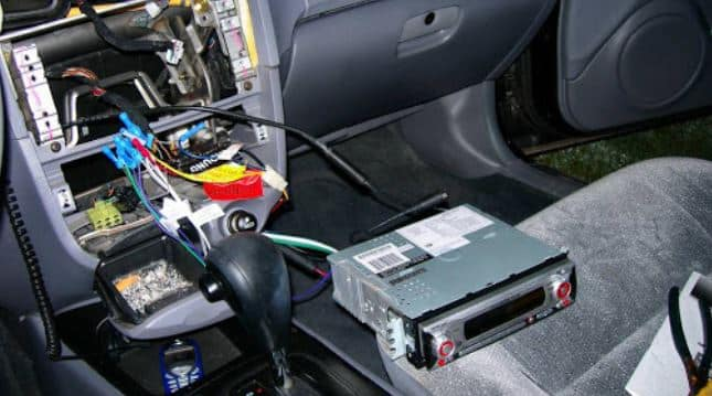 car stereo damaged wiring stereo cutting in and out