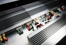 What is a Monoblock Amplifier