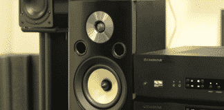 running 4 ohm and 8 ohm speakers together
