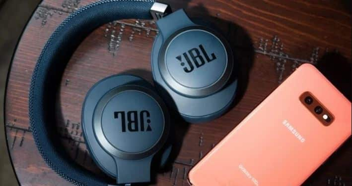 How to connect JBL Earbuds To A Samsung Phone
