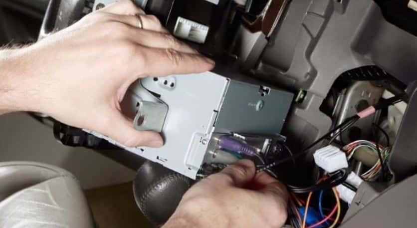 Car Speaker Not Working On One Side -