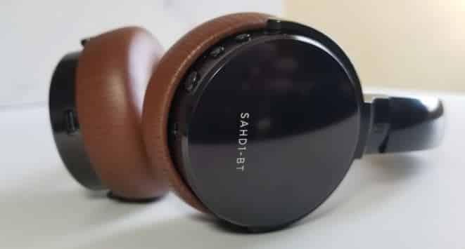 status bt 1 headphone design